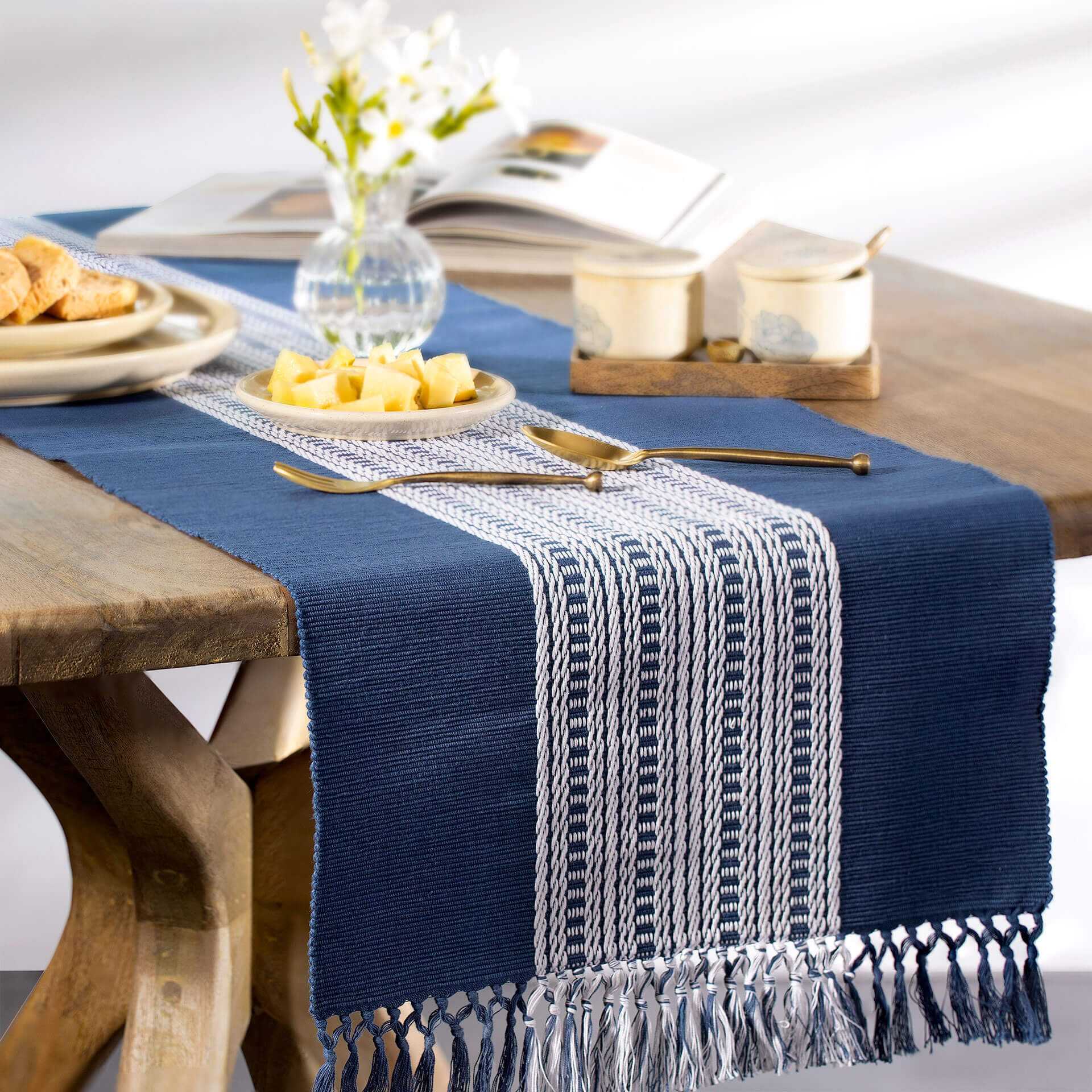 Aksa 100% Cotton Table Runner - Ellementry