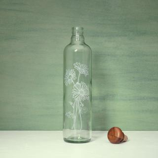 daisy glass water bottle with wooden stopper