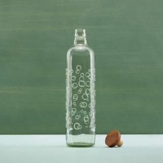 bubbles glass water bottle with wooden stopper