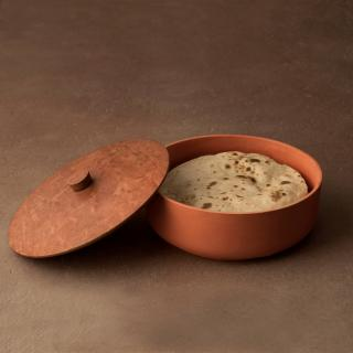 terracotta roti box with wooden lid